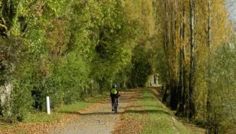 Tournus - La pista ciclabile lungo il Saone