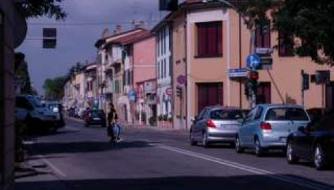 Via Emilia in centro