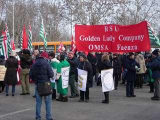 Manifestazione per l'Omsa