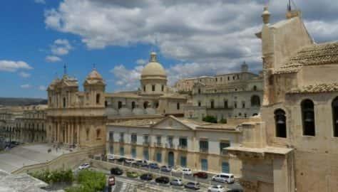 Sicilia - Noto, la Cattedrale.