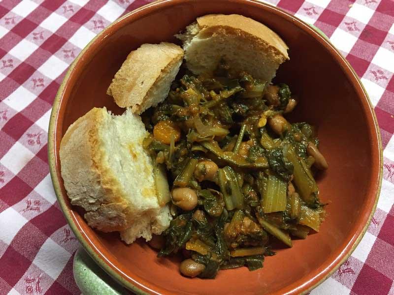 Zuppa di cicorie e fagioli